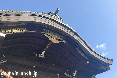 本土神社拝殿03