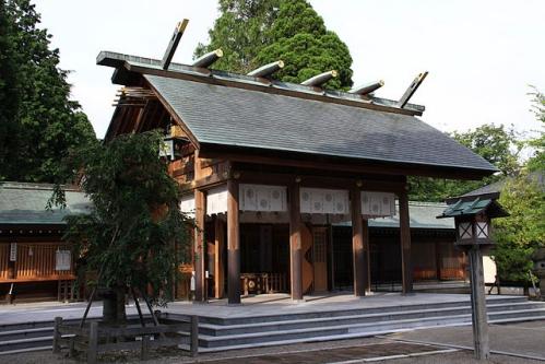 射水神社 拝殿