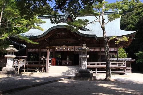 玉祖神社 拝殿