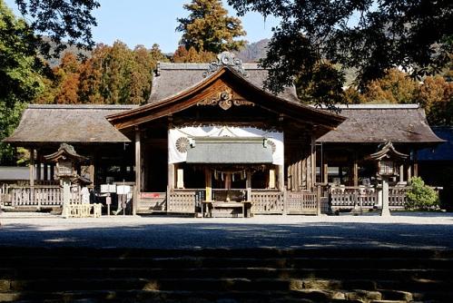 土佐神社拝殿