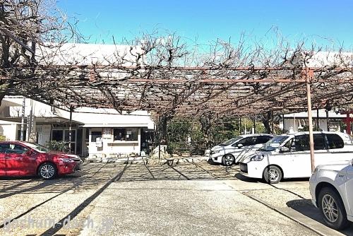 徳王神社(岡崎市)の駐車場