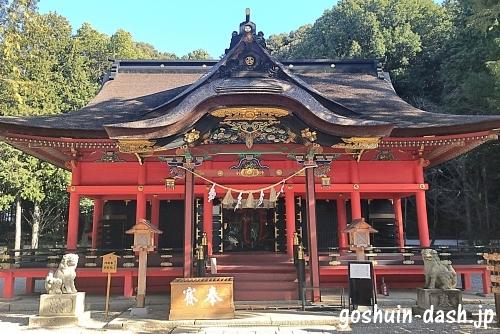 六所神社(岡崎市)拝殿01