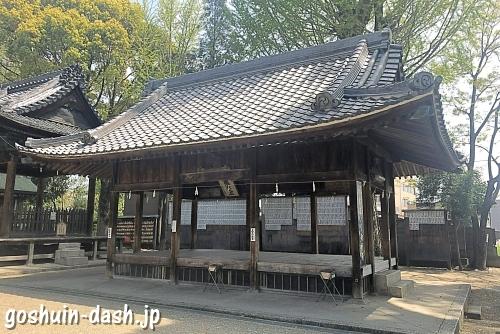 挙母神社の拝殿