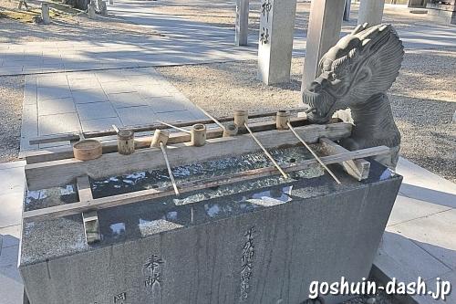 龍城神社(岡崎市)の手水舎