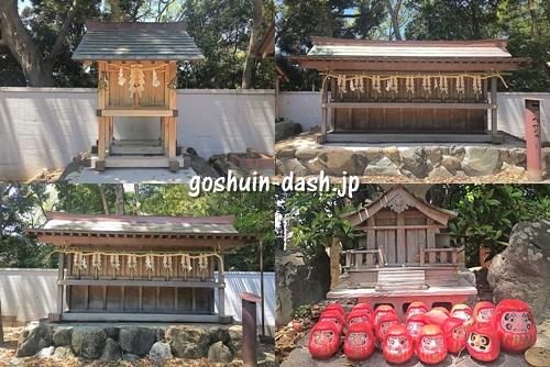 成海神社の末社とだるま塚