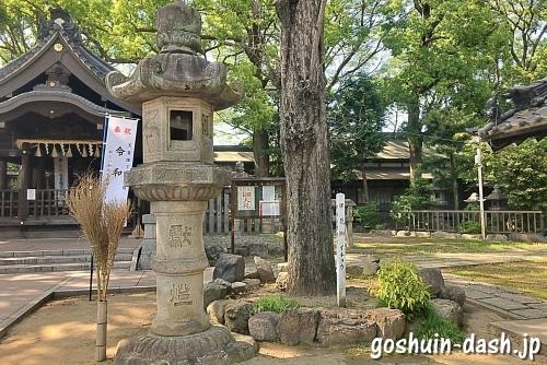 片山神社(名古屋市東区)の灯籠