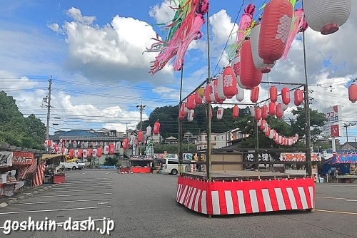 田縣神社(愛知県小牧市)夏祭り(屋台と盆踊りの櫓)