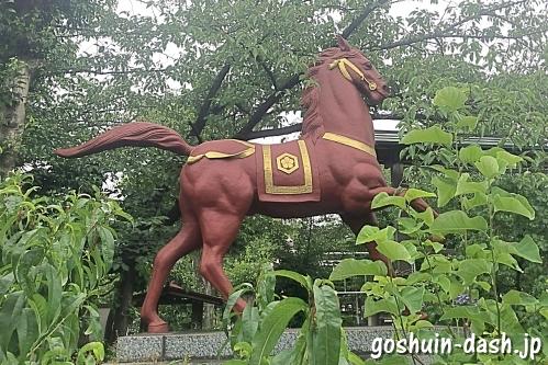 榎白山神社(名古屋市西区)の神馬