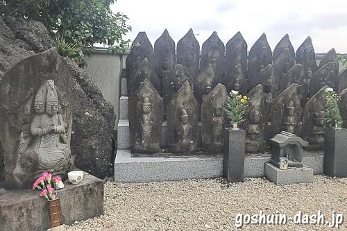 龍泉院(愛知県犬山市)境内の観音様