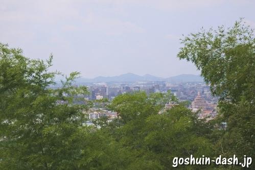 龍泉寺(名古屋市守山区)展望台(本宮山・尾張富士)