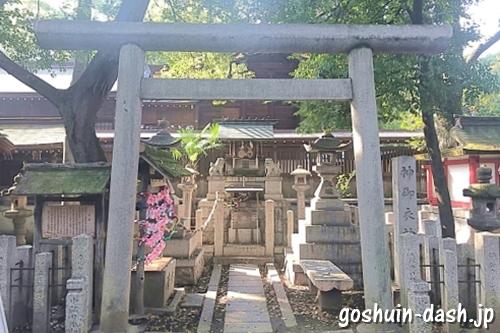 神御衣神社(若宮八幡社)