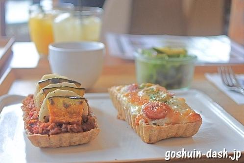 キュームカフェエア(名古屋市中区)のお惣菜タルトランチ