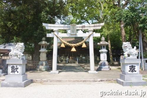 野田八幡宮(愛知県刈谷市)三の鳥居(狛犬・石灯籠)