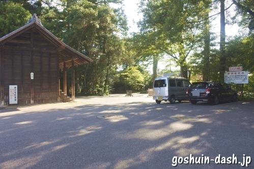 猿投神社(愛知県豊田市)駐車場