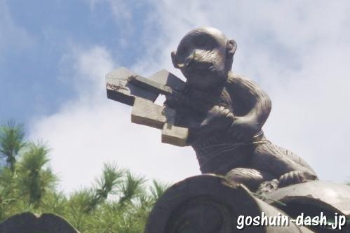 日吉神社(愛知県清須市)猿(拝殿屋根)