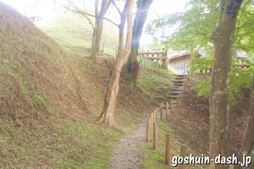 足助城跡公園(愛知県豊田市)散策路