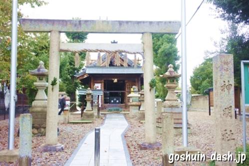 神明社(名古屋市中川区荒子町)境内全景(鳥居)
