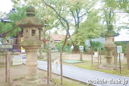 冨士天満社(名古屋市中川区)石灯籠