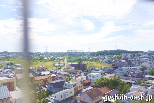 岩崎城(愛知県日進市)天守閣(展望塔)からの眺め(名古屋港方面)
