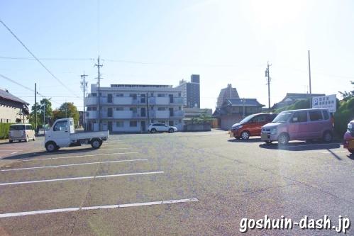 尾張大國霊神社(国府宮・愛知県稲沢市)無料駐車場