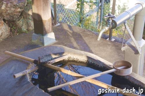 神明神社(岐阜県各務原市蘇原古市場町)手水舎
