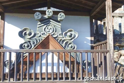 加佐美神社(岐阜県各務原市)鬼瓦