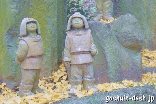 防人群像(岐阜県護國神社)