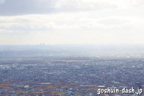 岐阜城天守閣からの眺め(名古屋駅の高層ビル群)