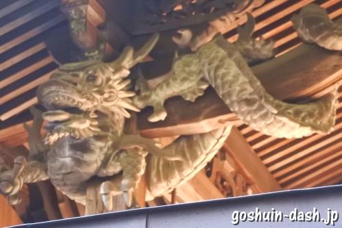 手力雄神社(岐阜県各務原市)本殿彫刻「左右の龍」