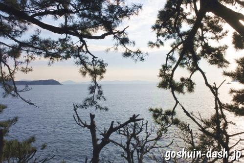 竹島(愛知県蒲郡市)龍神岬からの眺め(三河湾・三河大島)