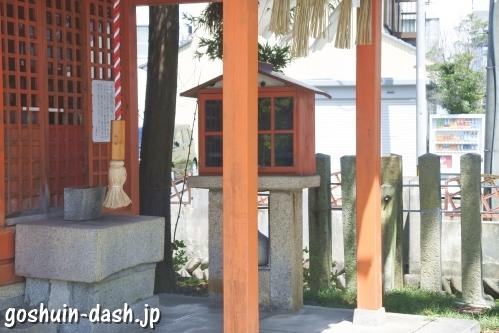大垣八幡神社(岐阜県大垣市)横の自動販売機