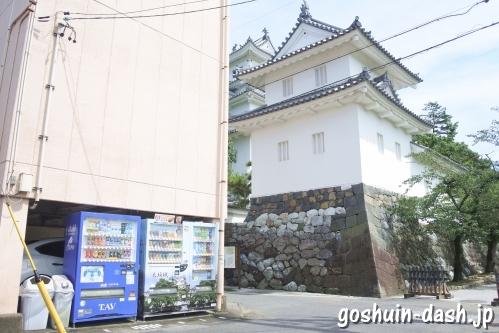 常葉神社(岐阜県大垣市)東側道路の自動販売機