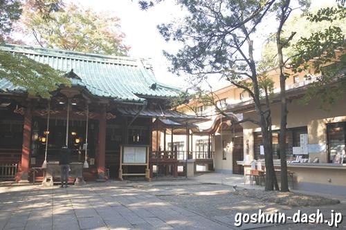 赤坂氷川神社(東京都港区)社務所(授与所)