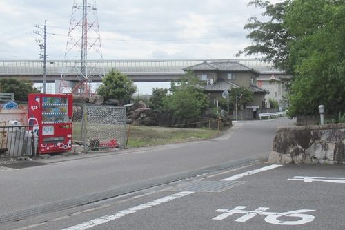 曹源寺(愛知県豊明市)前の自動販売機
